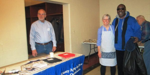 Promoting HomePorts at United Methodist Church supper